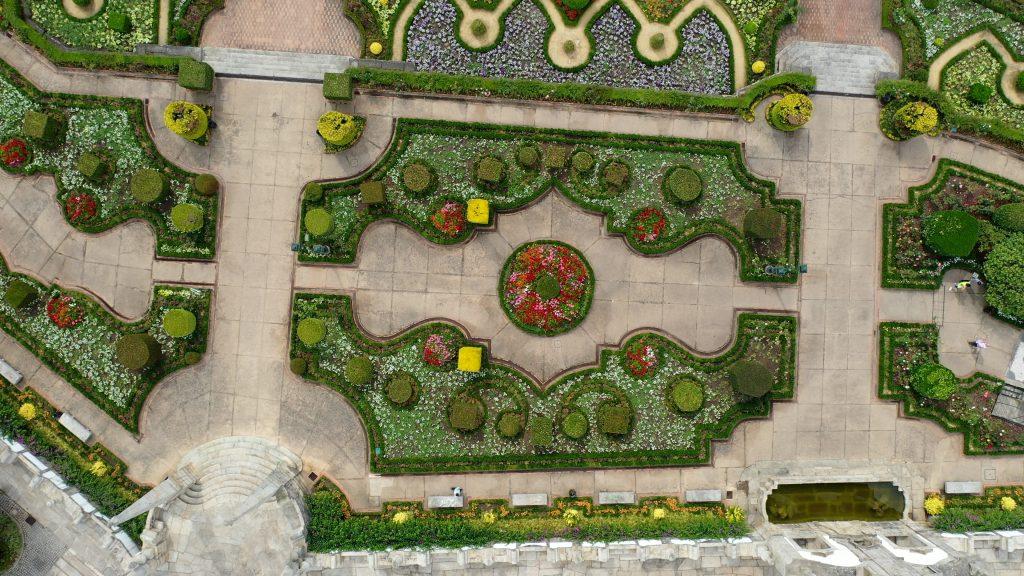 Vista aérea do jardim das barrocas em Barcelos