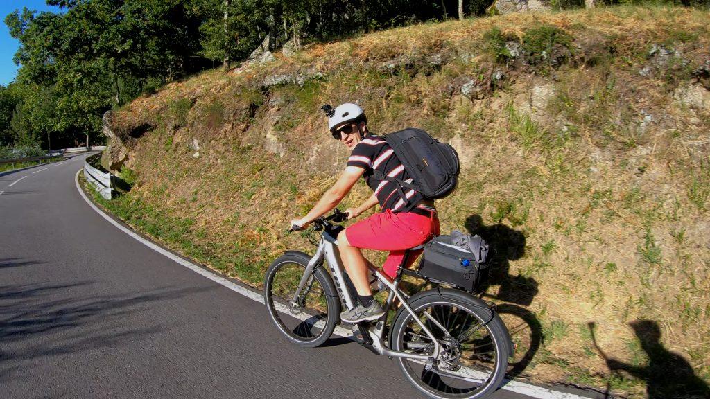Marco Neiva na bicicleta elétrica