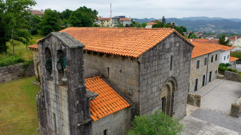 Igreja de Arões